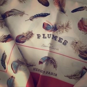 —Vintage—Mint condition Hermes silk scarf—plumes—